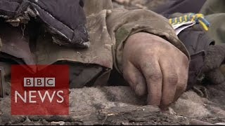 Body collectors of eastern Ukraine - BBC News