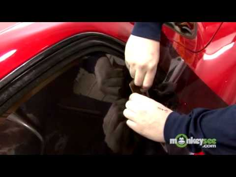 Tint Car Windows - Selecting and Cutting the Film