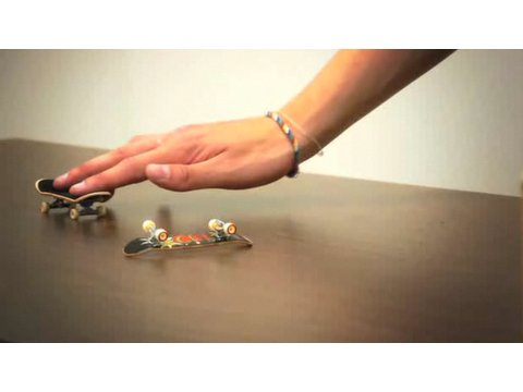 How to Do an Ollie   Fingerboarding