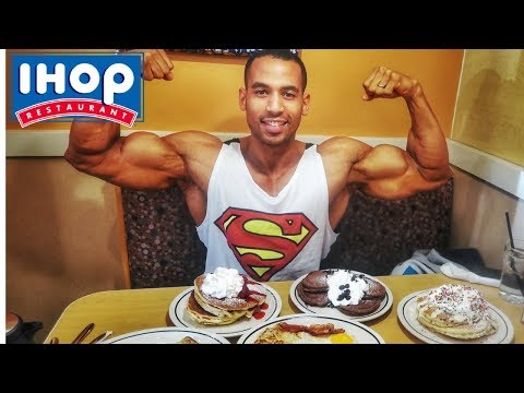 😱 5000 kcal IHOP Pancake Eating Challenge