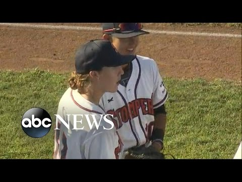 Minor-League Team Signs 2 Women to Play America's Pastime