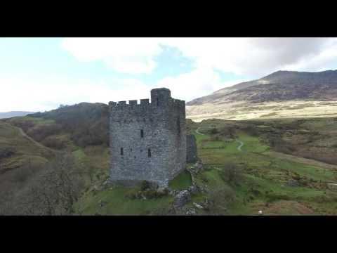 Dolwyddelan snowdonia betws y coed dolwyddelan castle
