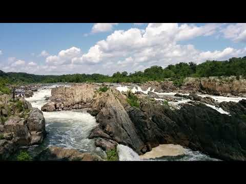 Great Falls Park, VA, view from the visitors center overlook looking upstream (North)