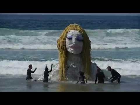 Seafoam Sleepwalk Puppet Performance