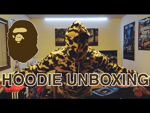 ea69f6a6b6fe0d Unboxing Bathing Ape (BAPE) Red Color Camo Tiger Hoodie   Review ...