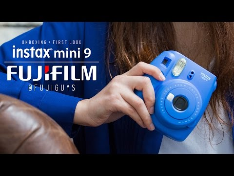 Fuji Guys - FUJIFILM Instax Mini 9 - Unboxing and First Look