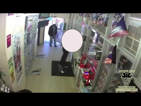 Off Duty Baltimore Cop Wrecks Armed Robber | Active Self Protection