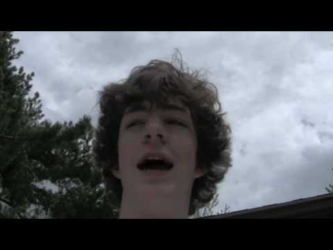 Stupid Kid Drops iPhone 3GS off Roof!