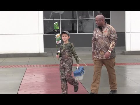Chester Sheriff takes PA boy to buy hunting gear