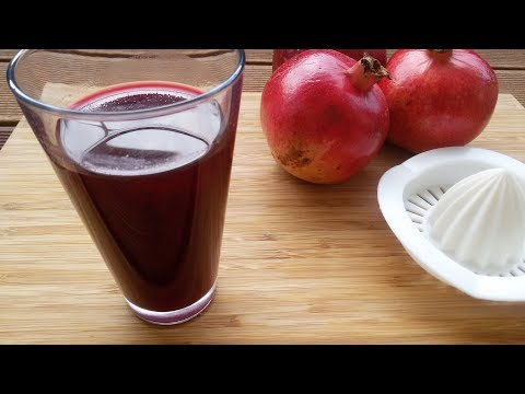 Pomegranate juice - How to make Pomegranate Juice with lemon squeezer _ Easy method