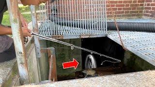 FISHING UNDER AN ABANDONED HOUSE!!! (Flooded Insane Asylum)