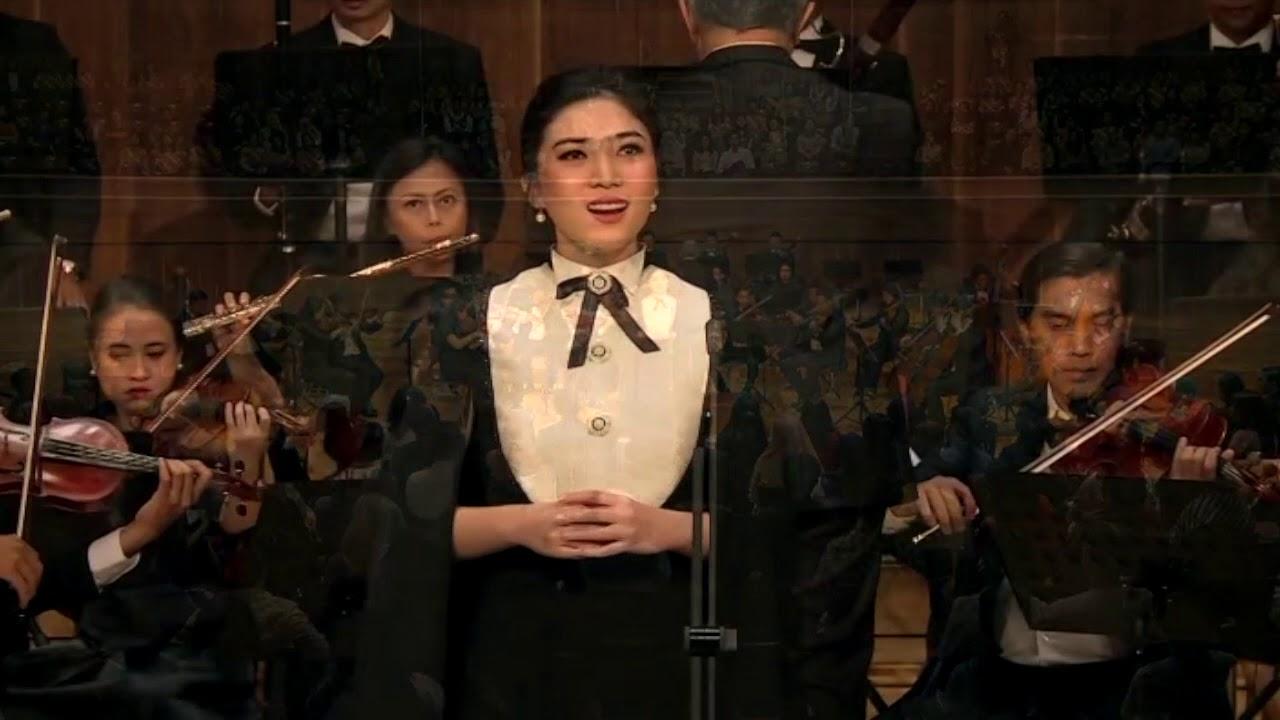 Download Isyana Sarasvati sings Two Mozart Opera Arias MP3 Gratis
