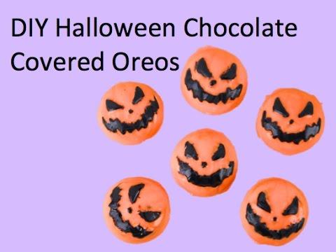 DIY Halloween Chocolate Covered Oreos