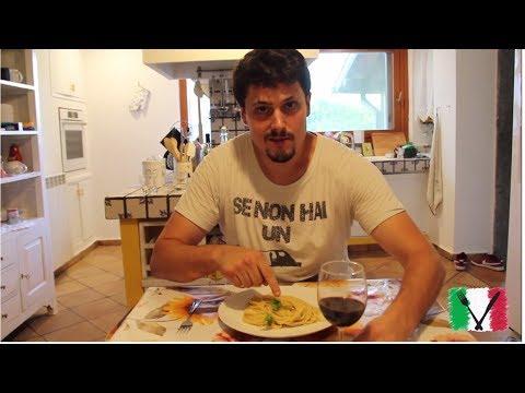 Olive Oil & Garlic Spaghetti - Spaghetti Aglio e Olio - Full tips video