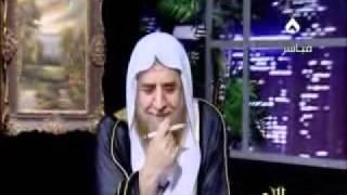 متصل يقول لـ العرعور هدي اعصابك شوف ردة فعله