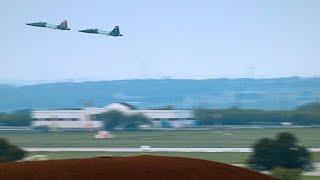Download Rare Footage of Bird Crashing Into Flight Instructor's Cockpit Video