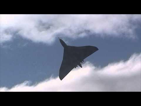 Vulcan XH558 - Scottish Airshow - Ayr Low Green - September 2014