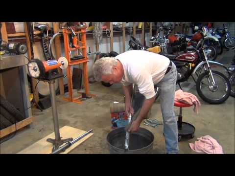 How to Polish Aluminum Motorcycle Forks