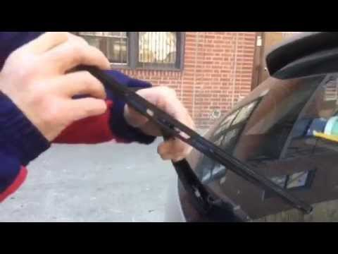 HOW TO replace MAZDA 3 rear wiper