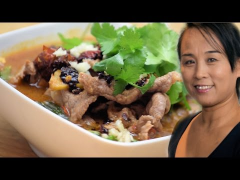 Sichuan Spicy Beef Chilli Hot Pot (Chinese Style Cooking Recipe)