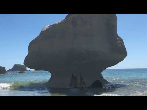 Slow Day at Cathedral Cove