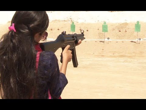 Female students visits Pak army exercise