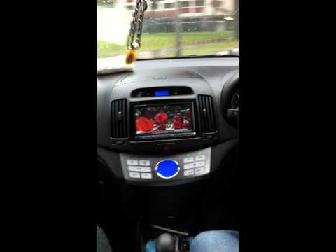 Road Emperor RE723GWTS in Hyundai Avante Digital TV in moving Car in town