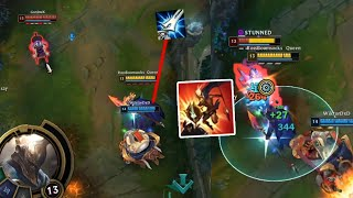 League of Legends but this Pantheon build just one shots people with a single button press
