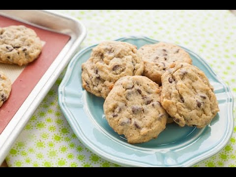 Best Chocolate Chip Cookies you will ever make! | Simply Bakings