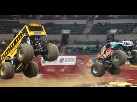 School Bus Monster Truck & Instigator Monster Jam @ Sun National Bank Arena