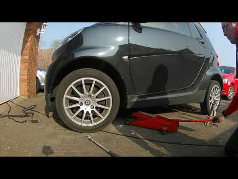 How To Remove A Smart Car Wheel