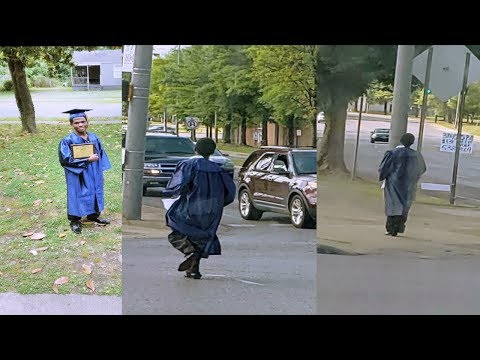 Alabama Determined Teen Walks & Catch A Bus To His High School Graduation.