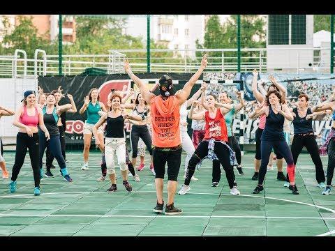 ZumbaⓇ Party на крыше Gold's Fitness ГК Hampton by Hilton