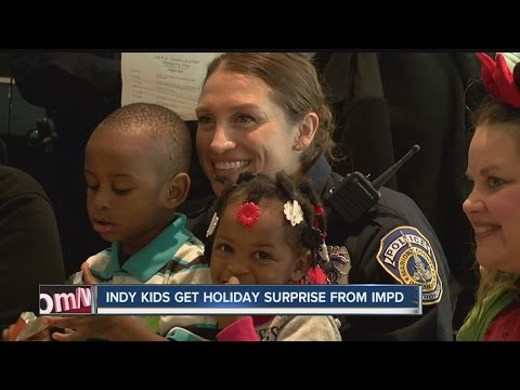 Indy kids get holiday surprise from IMPD