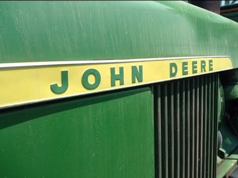 How to operate a tractor (John Deere 4020)