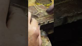 Repairing a hollow rope chain