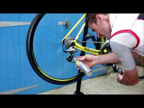 WD40 BIKE All Conditions Chain Lube on Chains