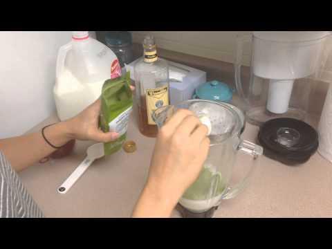 Easy way to make green tea frappuccino.