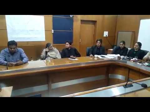 दीपक कलाल की महिला आयोग ने देखिये कैसे लगाई Class    The Masla    Deepak Kalal