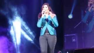 Shreya Ghoshal Live in Trenton, NJ - Teri Meri - 8/23/14