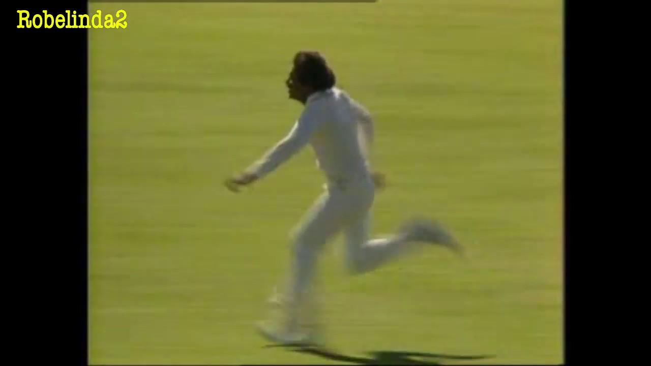 HILARIOUS! Javed Miandad bowling & imitating Bob Willis, Dennis Lillee & Rodney Hogg