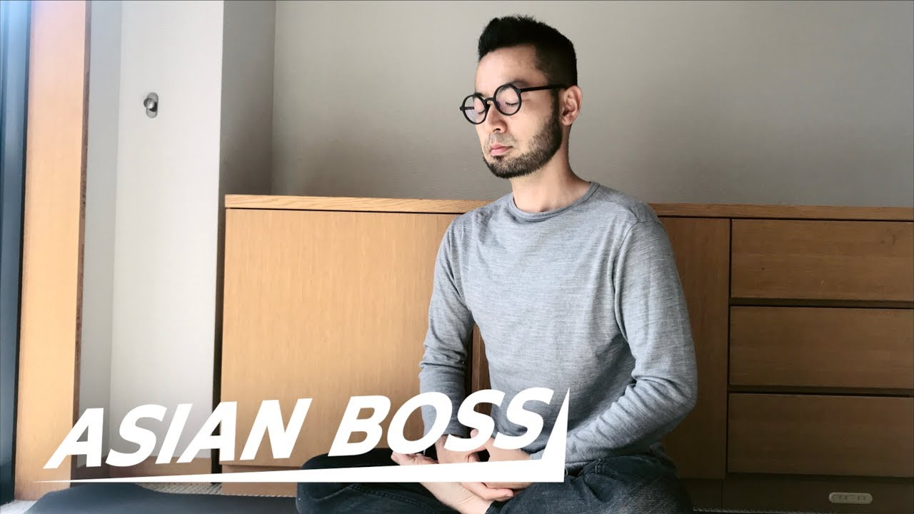 Meet The Most Famous Minimalist In Japan: Fumio Sasaki | EVERYDAY BOSSES #8