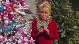 Dolly Parton - I Saw Mommy Kissing Santa Claus. The Graham Norton Show