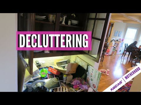 Purge and Declutter | Pantry Decluttering