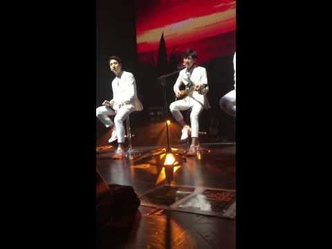 [FANCAM] 141005 B1A4 - Wonderful Tonight (Jinyoung/Baro focus) | B1A4 Roadtrip in Chicago