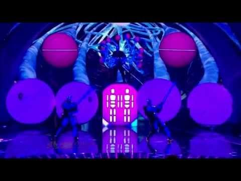 Blue Man Group - Shake Your Booty