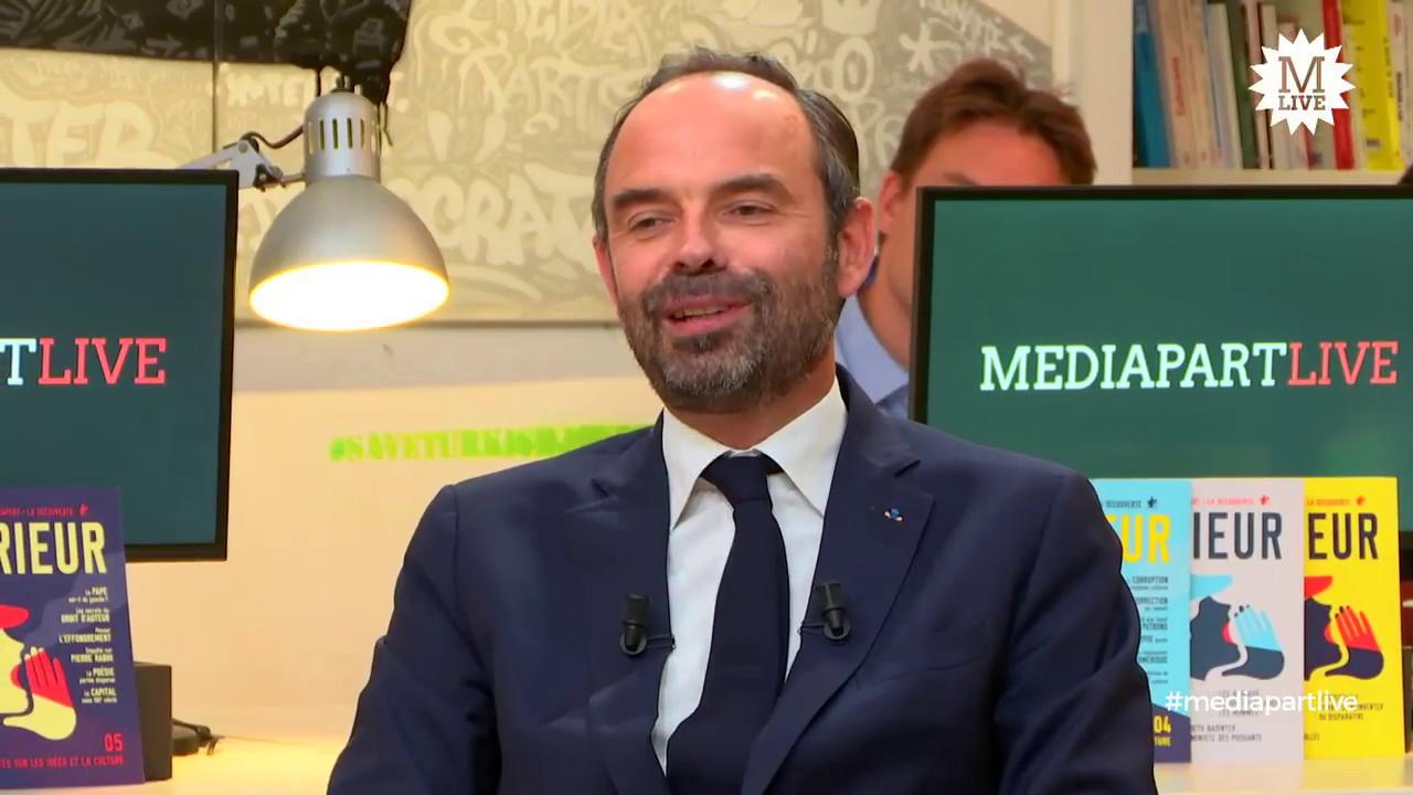 Le premier ministre Édouard Philippe face à la rédaction de Mediapart