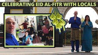 Foreigners FIRST Hari Raya in Malaysia! Selamat Aidil Fitri