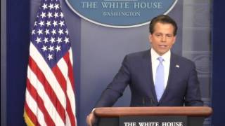 New White House communications chief apologises to Trump - BBC News