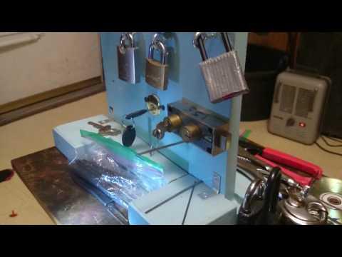 Mosler M5700 Safe Deposit box lock picked (tenant side)